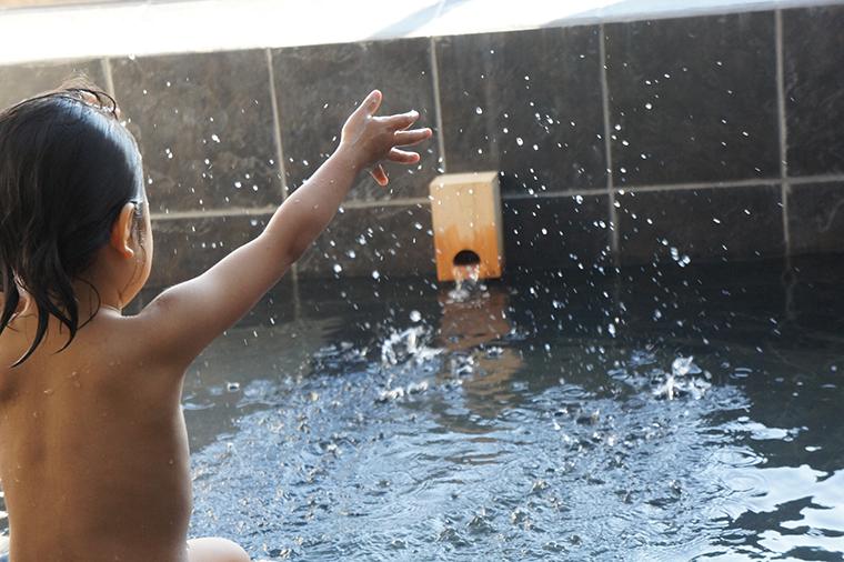 銭湯での混浴は何歳までOKなの?